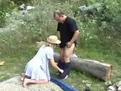 Pregnant girl sucks cock in nature