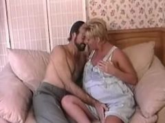 Horny man licks out pregnant blonde milf on sofa