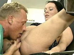 Pregnant brunette milf gets cumload by doctor
