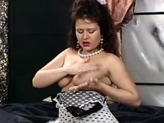 Lonely preggy cutie with hairy pussy plays in bed